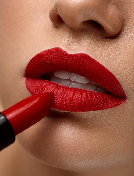 Cómo puedes tener unos labios rojos perfectos