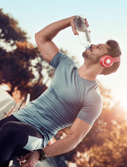Lo que puedes evitar si bebes mucha agua